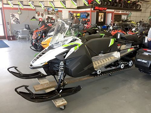 2018 ARCTIC Cat Norseman 3000 new 4 stroke 154 track 0 financing available