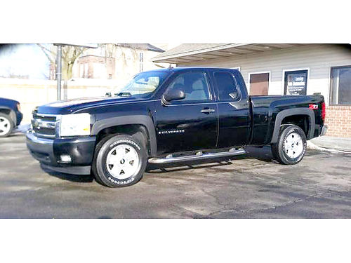 2008 CHEVY Silverado 1500 LT2 extended cab 4x2 only 218month or 11885