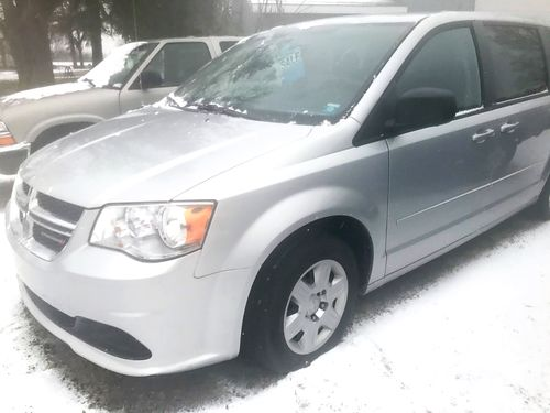 2012 DODGE Caravan V6 automatic stow n go 68000 miles right rear sliding door replaced 8500