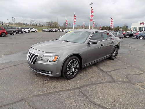 2012 CHRYSLER 300 S J101733 only 57684 miles Red leather 18220