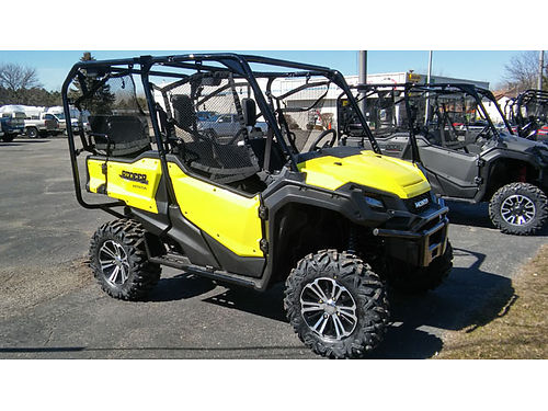 2018 HONDA Pioneer 1000 Deluxe SXS yellow in color wont last long for easy finance options visit