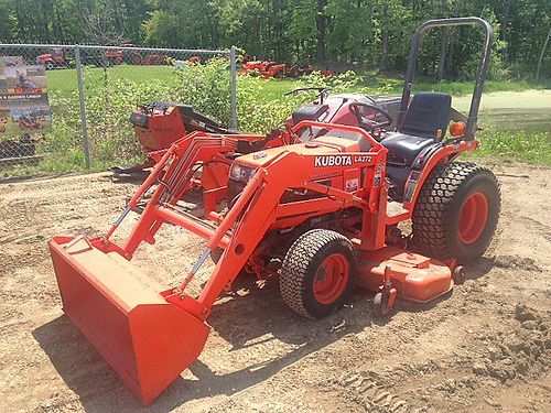 KUBOTA B7510 Tractor Loader Mower 21hp Kubota diesel engine HST transmission 4WD Cat 1 3pt 540