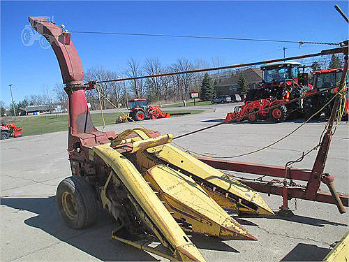 NEW Holland 718 forage chopper 1950