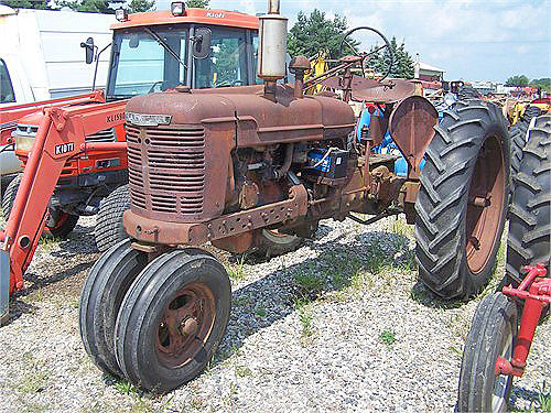 1940 INTERNATIONAL H gas PTO 1375