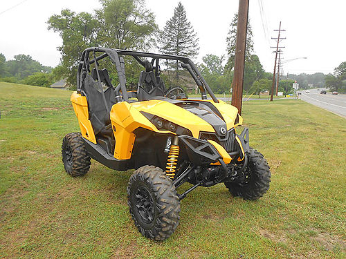 2015 CAN-AM Maverick 1000R great condition low miles - only 614 ready to ride 10830