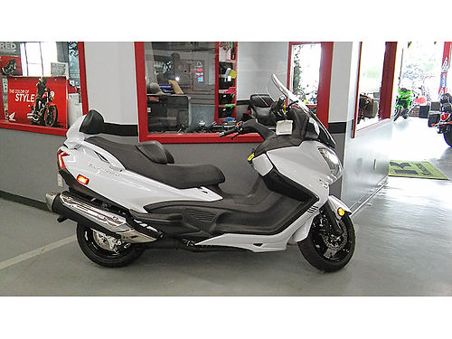 2018 SUZUKI Burgman 650 Burgmans are perfect for any road trip Easy financing gets you riding toda