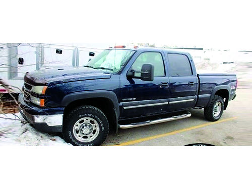 2006 CHEVROLET SILVERADO 1500 HD LT 4WD Recent Arrival WLow Miles Clean Carfax CD Player Power
