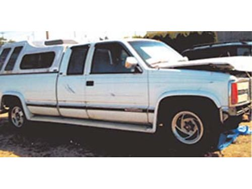 GMC 2500 SLE Sierra Deluxe cab with back seat 8 bed liner new 350 motor insta