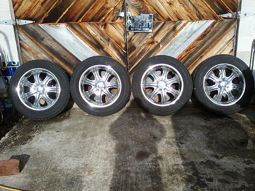 RIMS  TIRES set of 4 20 P27555R20s multi fit 5 lug Chevy good tread 400 Harriman 865-6