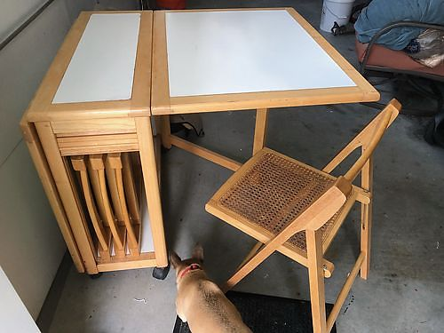 FOLDING TABLE Drop Leaf table w4 chairs folds up for easy storage nice set 225 See Photo at w