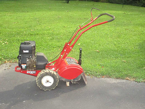 TILLER 8 hp Huskee Rear Tine Tiller Like new Used very little bought at Tractor Supply 500 Judy