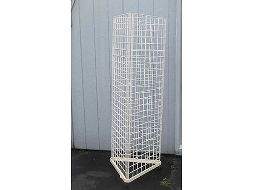 STORE DISPLAYS Grid Panels 7ft 2500 each 6ft 2000 each Good Condition Hooks Available Judy