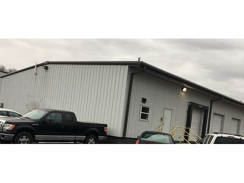 COMMERCIAL BUILDING 3 loading docks 30x40 industrial freezer approx 4800 sq f