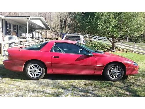 1994 CHEVROLET CAMARO new motor and transmission with less than 70k miles new b