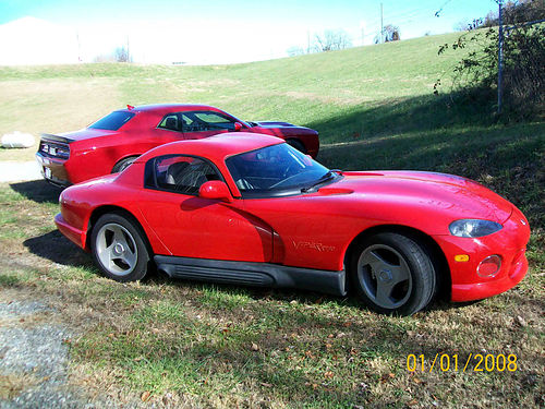 1994 DODGE VIPER red 6sp cruise has soft top and removable hardtop 23K miles always garage kept