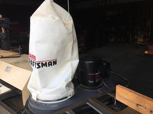 VAC SYSTEM Craftsman whole shop vacuum system 150 more equipment available 423-956-0664