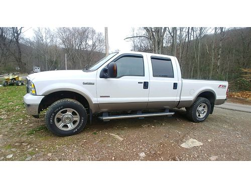 2006 FORD F-250 LARIAT White 4wd 4dr 60L Powerstroke Diesel Fully Loaded