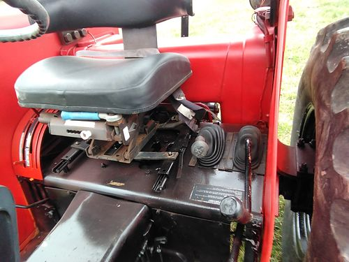 TRACTOR, 1985 CASE INTERNATIONAL, 60HP, 3539 HRS. ...