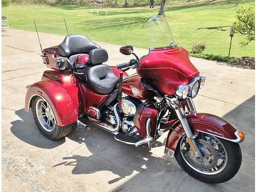 2009 HARLEY-DAVIDSON TRI-GLIDE Sunglo Red Fully Loaded  lots of extras incl