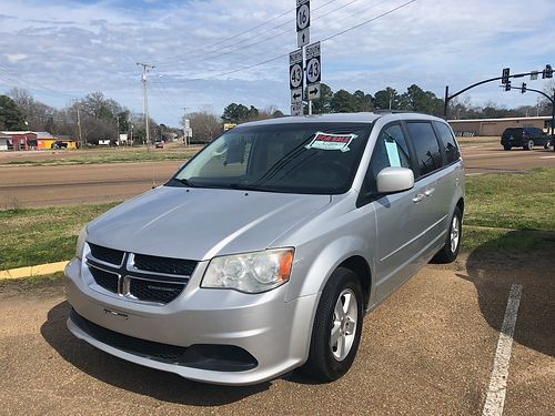 2012 DODGE GRAND CARAVAN 7 passenger silver 236k well-maintained miles All air power incl side